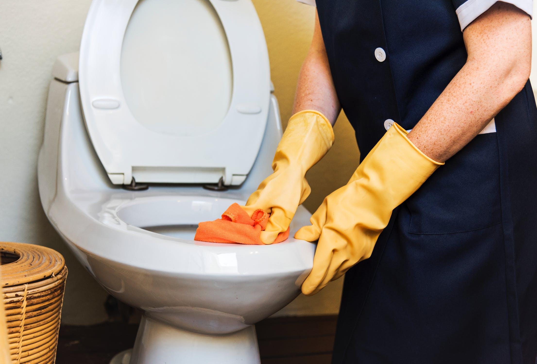 Hoe ontstop ik mijn wc of riolering in Alkmaar en omstreken?